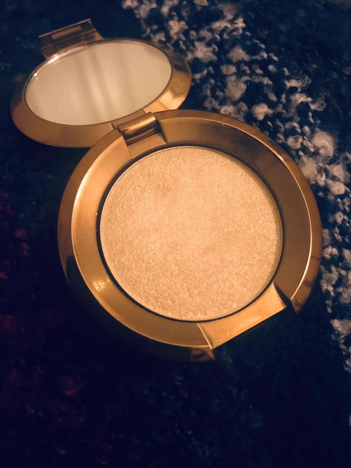 Best of Beauty 2018: Becca Shimmering Skin Perfector in Vanilla Quartz